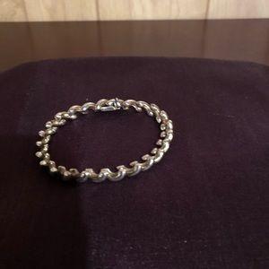 Jewelry - 7.5 inch bracelet